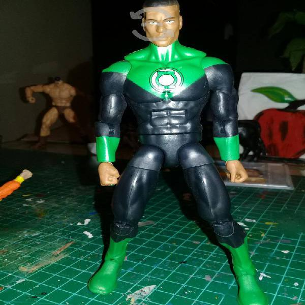 Figura de dc multiverse linterna verde