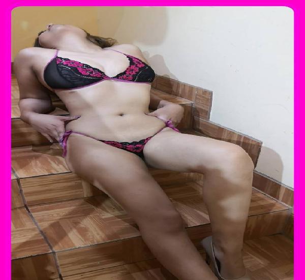 Nadia colegiala sexy