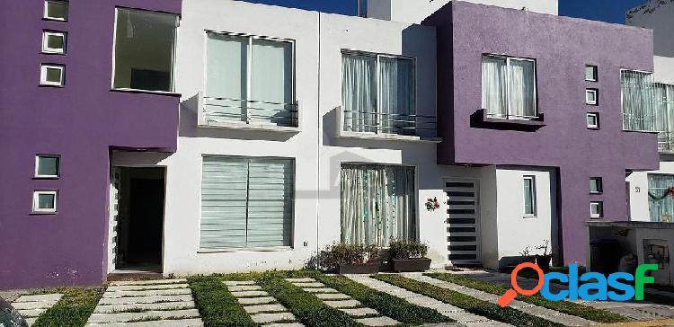 Casa en venta san pedro totoltepec a unas cuadras de tollocan