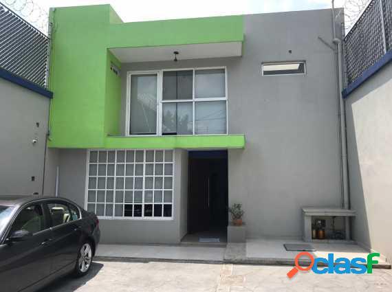 Oportunidad!! casa adaptada a oficina, recién remodelada