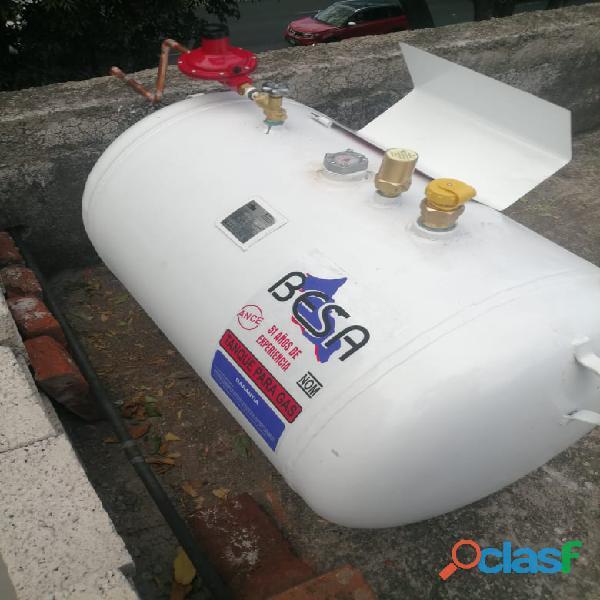 Tanque estacionario instalado besa 300 litros $5400