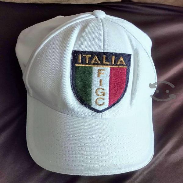 Gorras originales puma y adidas