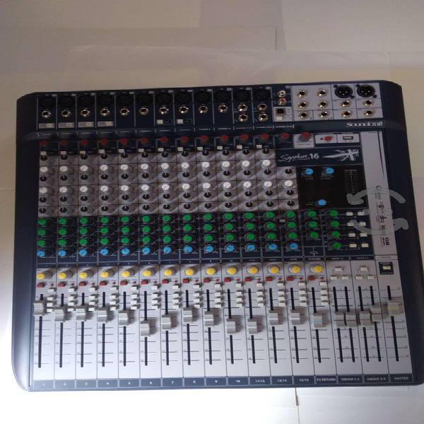 Mezcladora profesional soundcraft signature 16