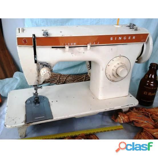 Vendo maquina de coser singer facilita jaladora.