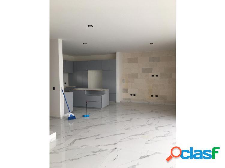 01690 se vende casa en residencial loretta