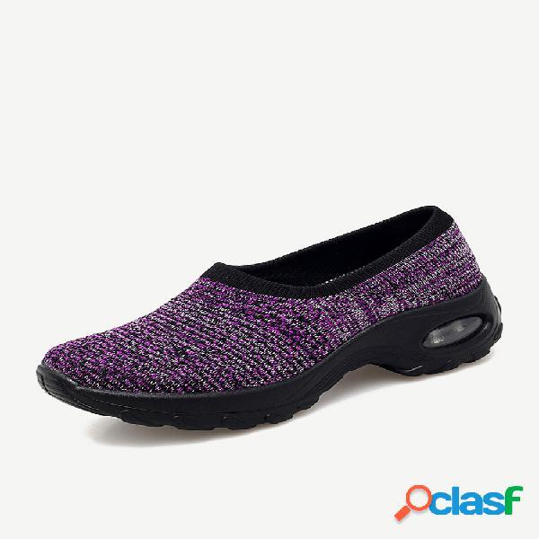 Zapatos de plataforma deslizantes al aire libre acolchados de malla de gran tamaño para mujer