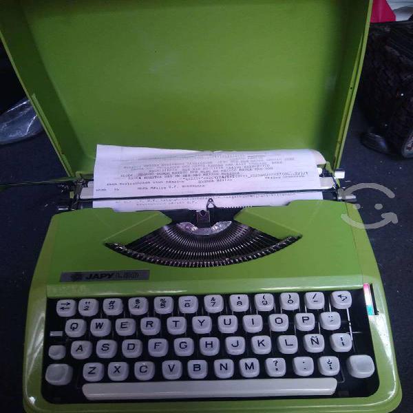 Maquinas de escribir baby hermes