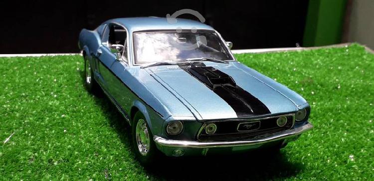 Mustang cobra jet a escala 1/18