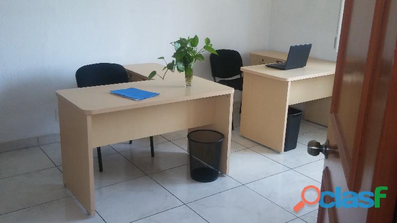 Amplia oficina para 4 personas a 3 min de plaza del sol