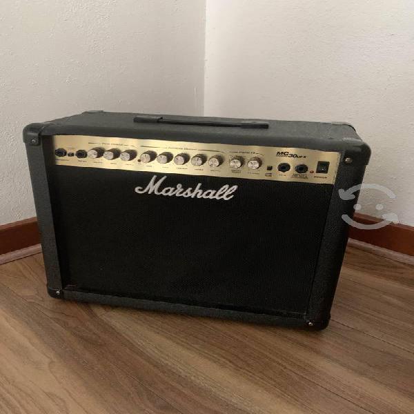 Amplificador eléctrico marshall