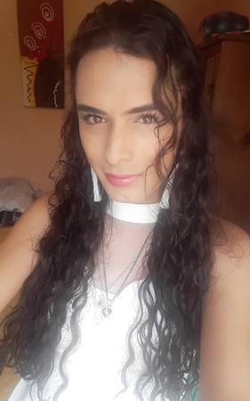 TRANSEXUAL DE IMPACTO GUAPA FINA FEMENINA