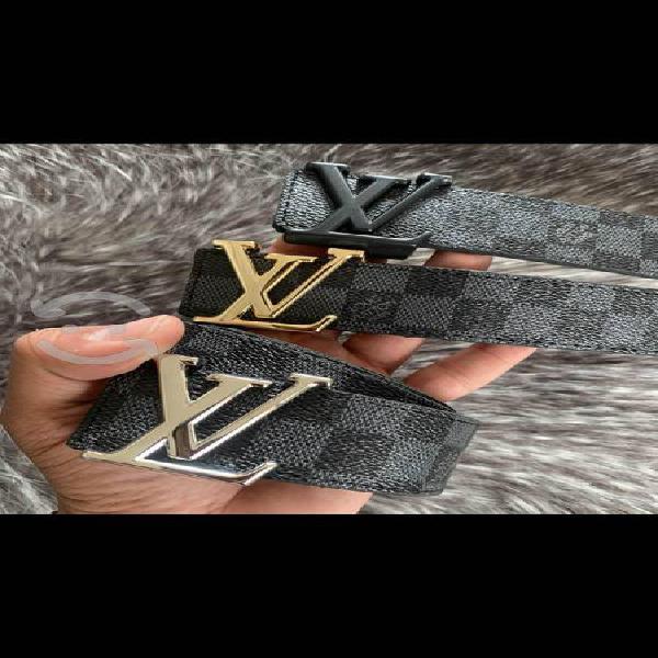 Cinturones louis vuitton