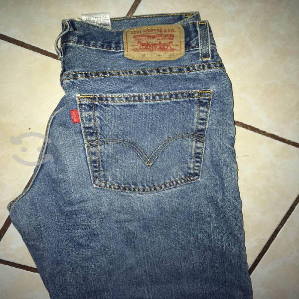Jeans levis originales muy buen estado