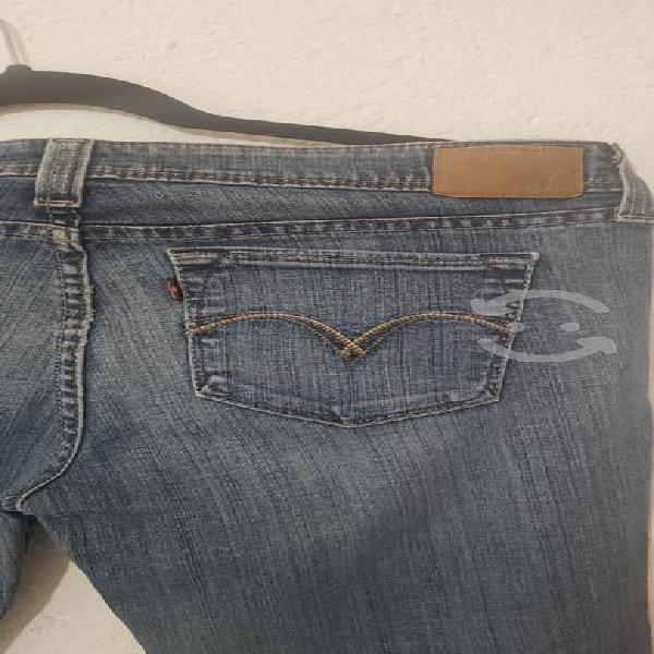 Pantalón de mezclilla levi's demi curve skinni 29w