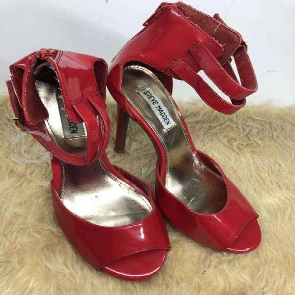 Sandalias rojo charol steve madden