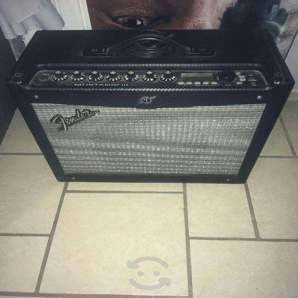 Amplificador fender mustang iii con efectos y foot
