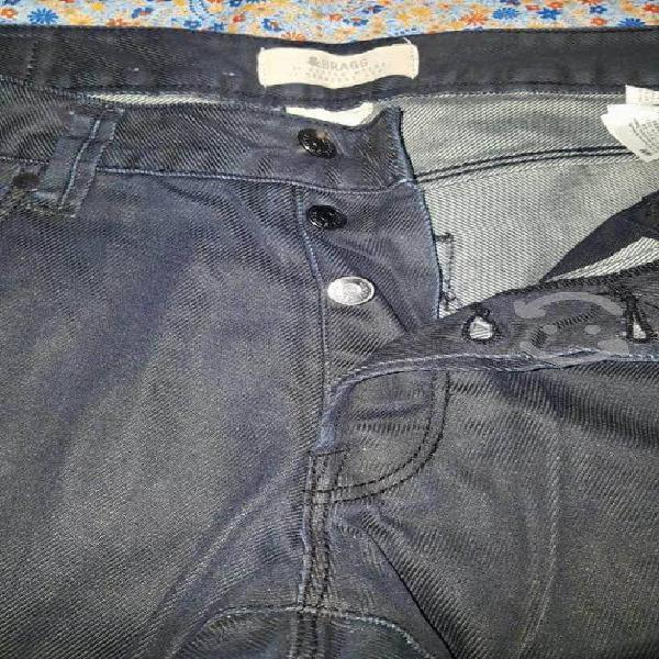 De uso pantalón de hombre