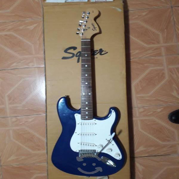 Guitarra squier fender affinity