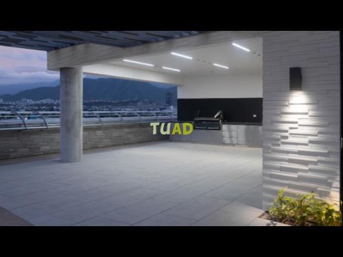 Oficina en renta al sur de mty. de 1,471 m2 gsa