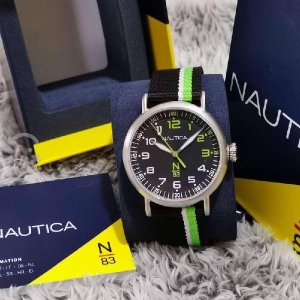 Reloj nautica nuevo original con caja,unisex