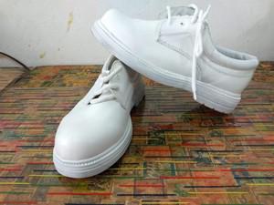 Zapato blanco de piel tallas 21 a 25 y medio
