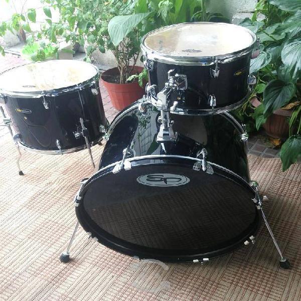 """Sound percussion bombo 20"""" $3,400 pesos"""