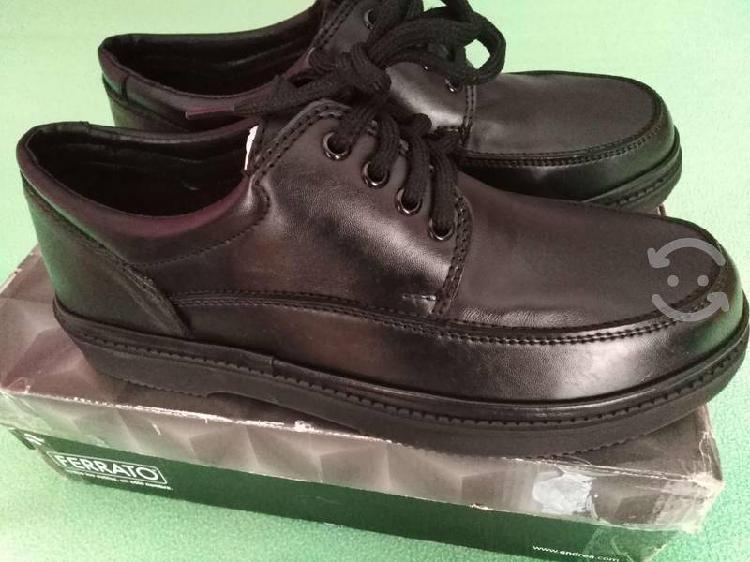 Zapatos piel genuina ferrato