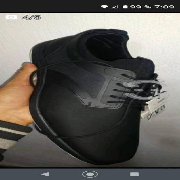 Remató zapatos nuevos originales del 45itali 9mex