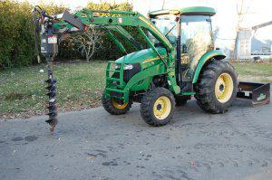 2006 John Deere 4320 MFWD Tractor with Cab 242 hrs