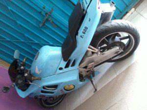 Urge vendo motocicleta