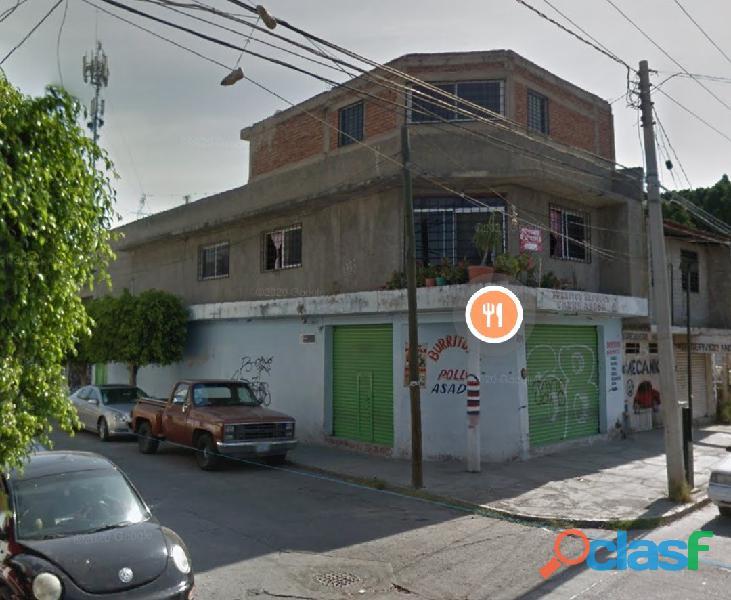 Se vende casa en esquina para nave industrial / departamentos / comercio a 5 minutos de chedraui /