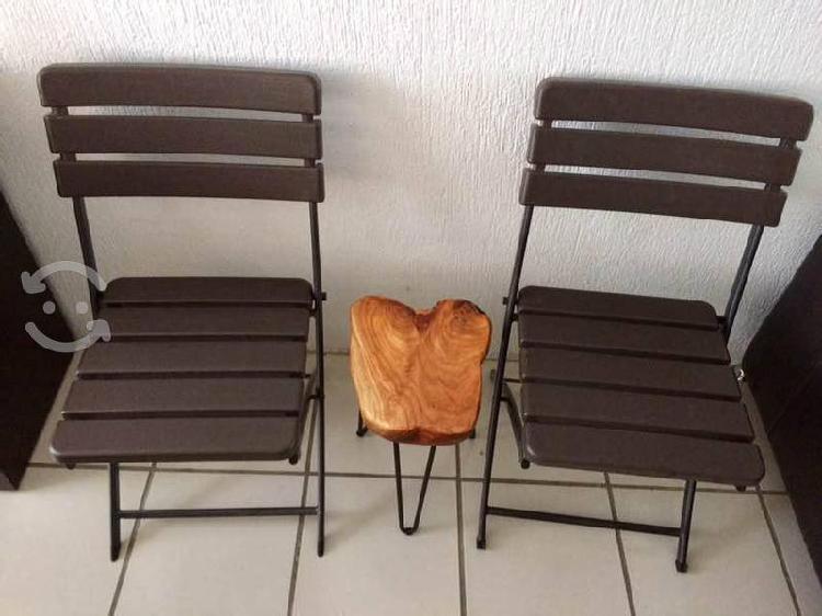 Jardín juego de sillas y mesa nuevos