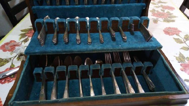 Juego cubiertos plata 1847 roger bros 104 pzas
