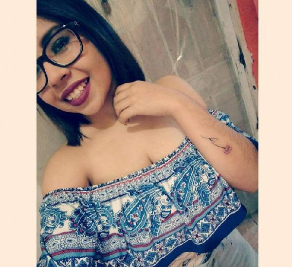 Laura MEGA TETONA NATURAL LACTANDO 2 horas 500 amor solo hoy