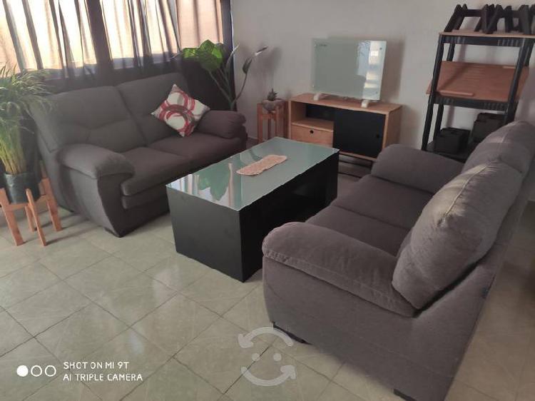 Linda sala de 2 love seat marca muebles liz