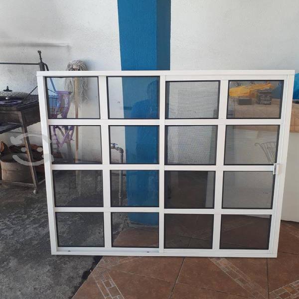 Ventana de aluminio 115anchox121.5