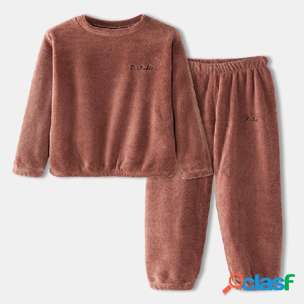 Mujer Plus Tamaño Sólido Coral Fleece Redondo cálido Cuello Conjunto de pijama cómodo de dos piezas para el hogar