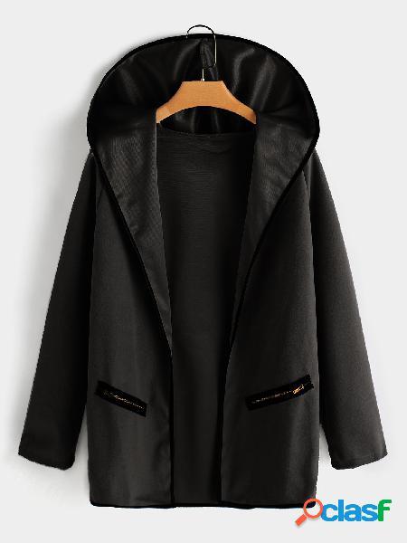 Abrigo con cremallera en los bolsillos con cremallera frontal abierto y cuello de solapa grande