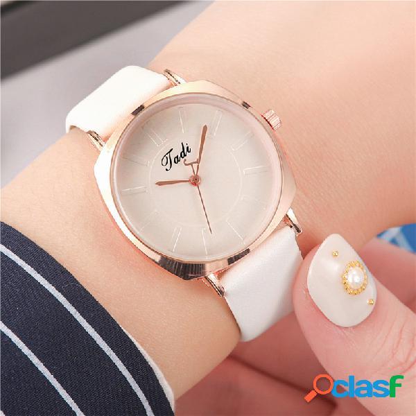 Simple trendy mujer reloj de pulsera de aleación de oro rosa caso cuero banda relojes de cuarzo