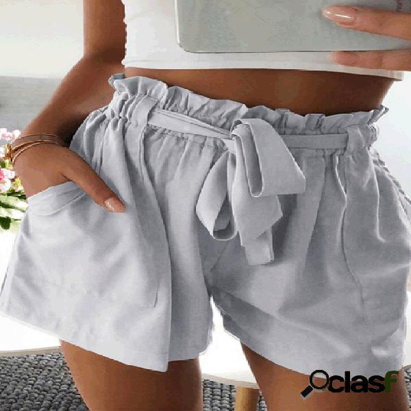 Color sólido volantes cintura elástica cinturón pantalones cortos
