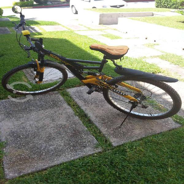 """Bicicleta de montaña rodada 18"""""""