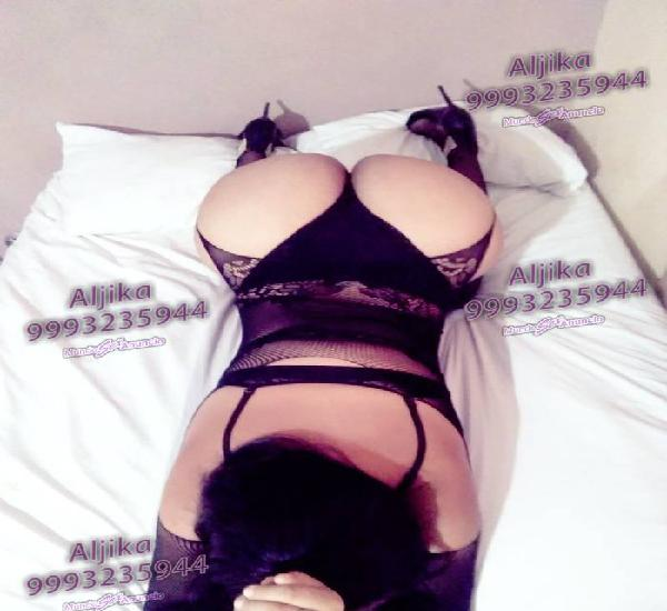 Hermosa nena Transexual visitando Mérida experta en el sexo
