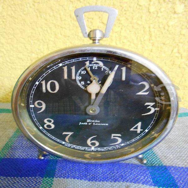 Reloj despertador jack o lantern de 1915