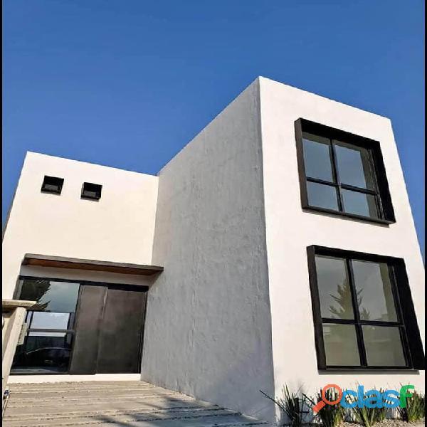 Hermosa casa nueva