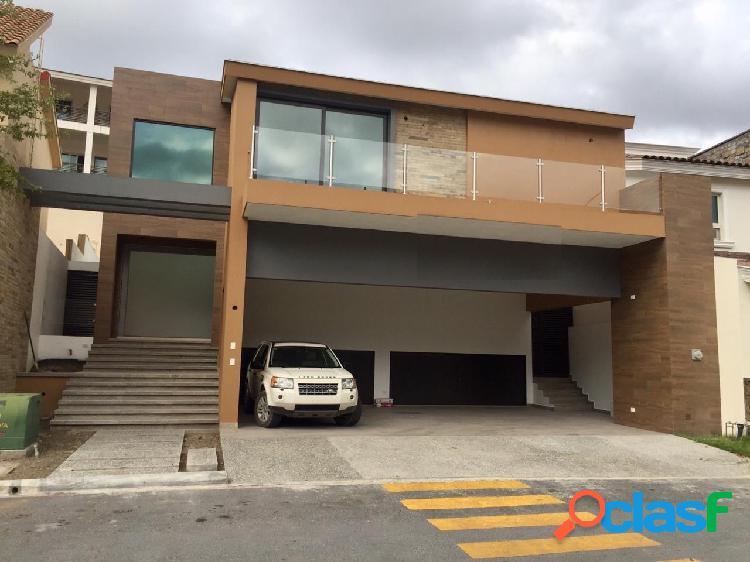 Casa venta nueva sierra alta carretera nacional