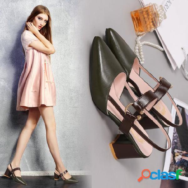 Nueva palabra puntiaguda con hebilla zapatos individuales mujer gruesa con baotou sandalias con hebilla zapatos de gran tamaño
