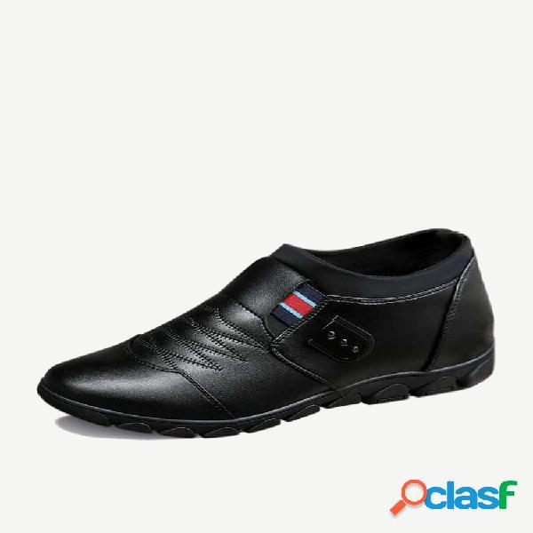 Temporada nuevos zapatos de hombre zapatos de cuero casuales de moda en el pie zapatos aumentados cabeza redonda zapatos individuales transpirables generación