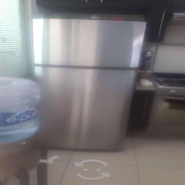 Oportunidad! amplio refrigerador whirpool 18 pies