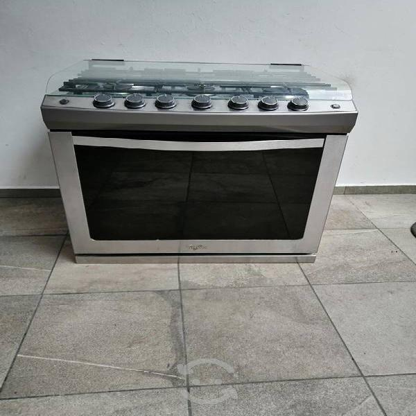 Elegante estufa para cisina integral