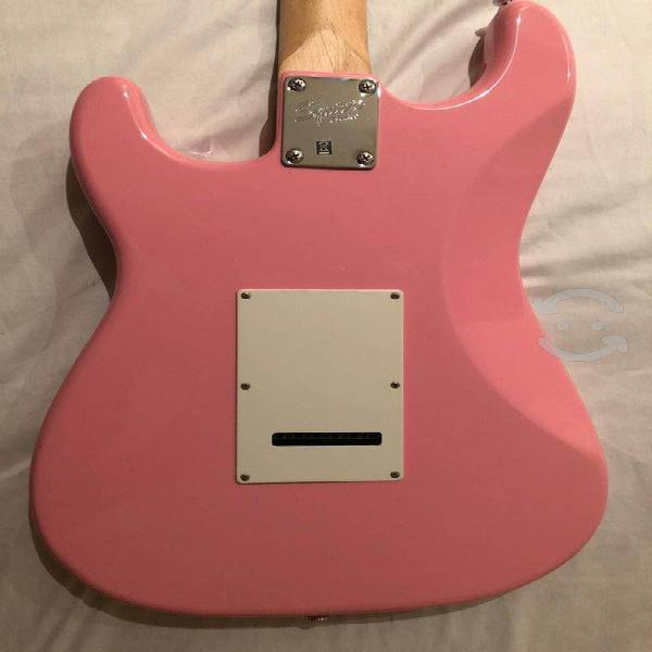 Guitarra eléctrica squiere fender